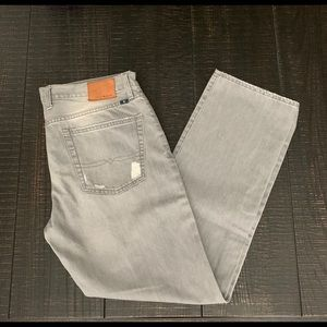 Lucky Brand 363 Vintage Straight Jeans. 36x32
